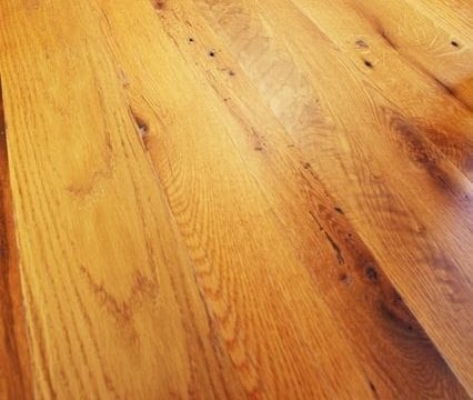 Reclaimed Wood Floors Gain Celebrity Status in Edmonton