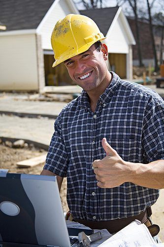 Contractor-Thumbs-up
