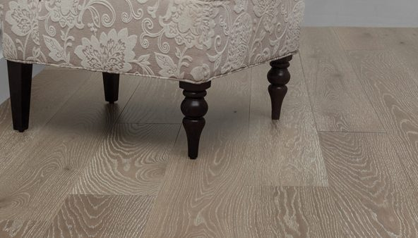 Oak Wood Floors and Prefinished Oak Flooring from Carlisle Wide Plank Floors
