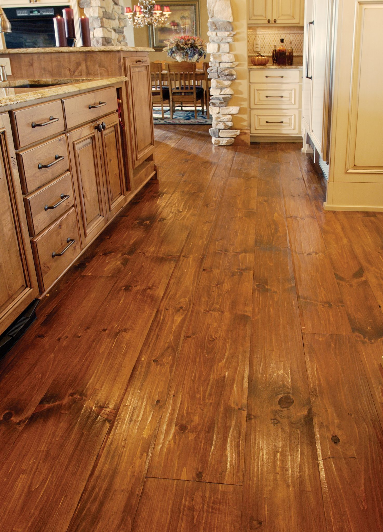 Eastern White Pine Flooring In A Kitchen