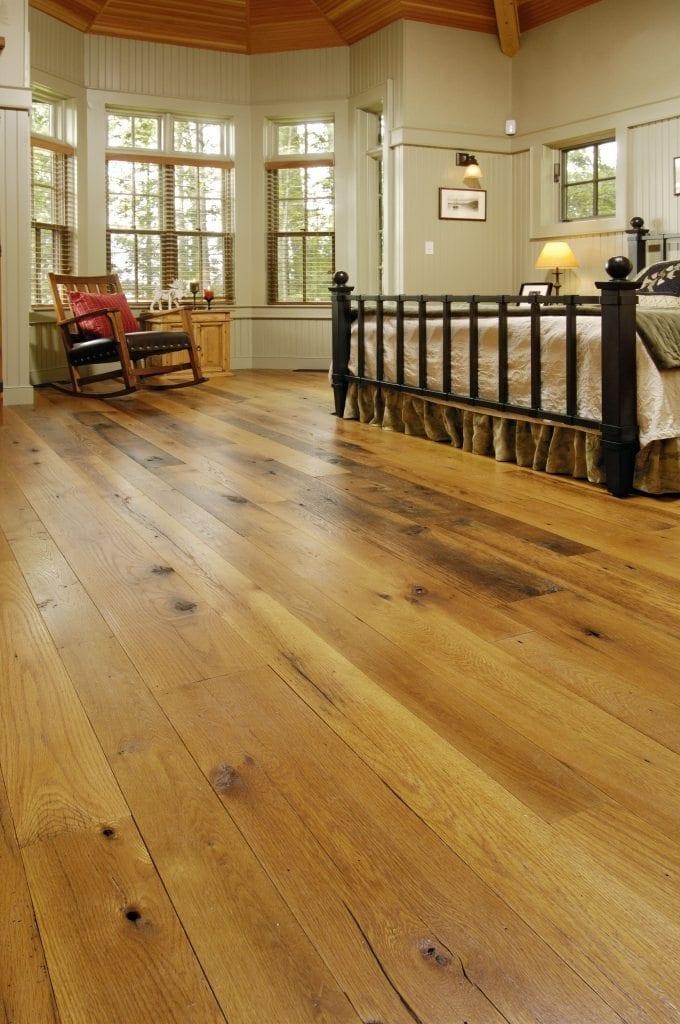 Reclaimed Oak Wood Flooring In A Nantucket Entry Way