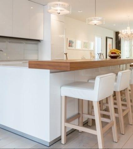 White Oak Flooring in a Trendsetting Kitchen