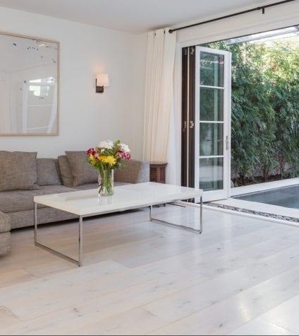 White Oak Floors in a Trendsetting Living Room