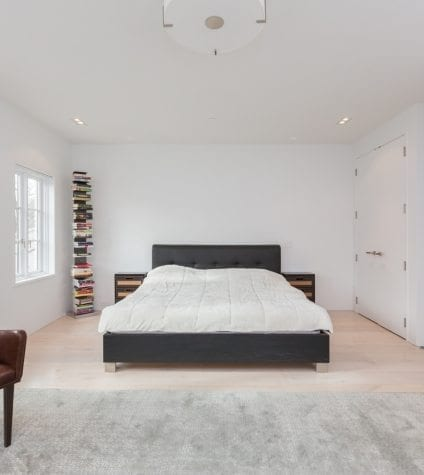 White Oak Flooring in a Guest Bedroom