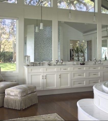Rift and Quartersawn White Oak Flooring in Master Bathroom